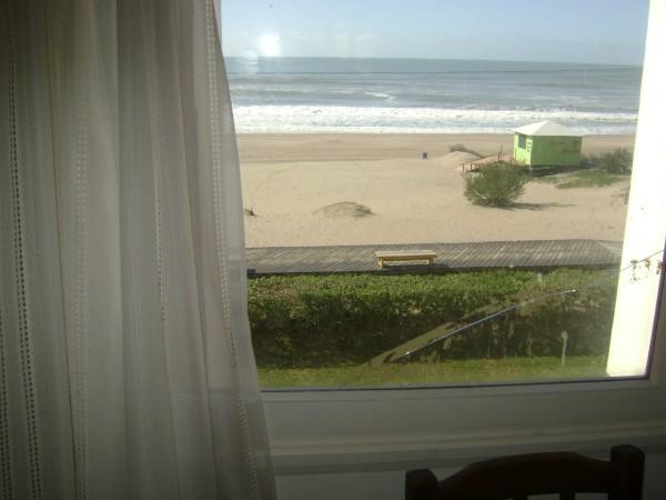 Alquielr dto en Pinamar frente al mar